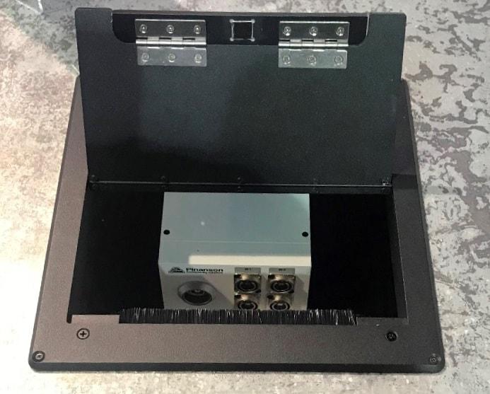 Caja suelo W UNI PTR8842