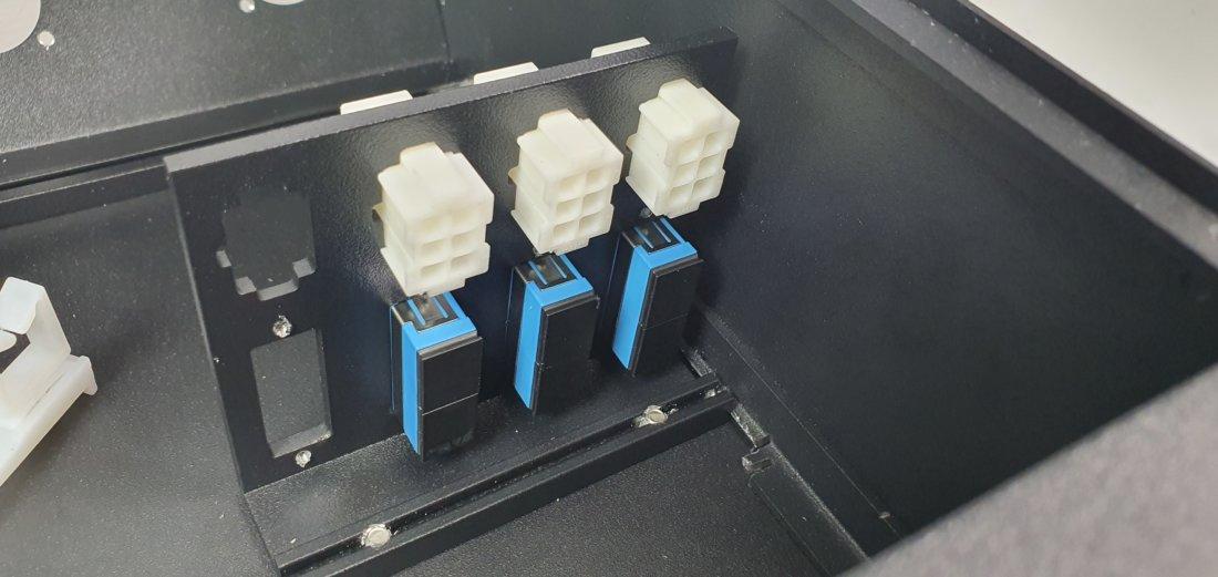 Patch panel SMPTE 304 con bandeja de empalme por conexión.